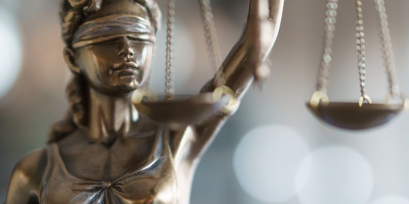 Advocate main